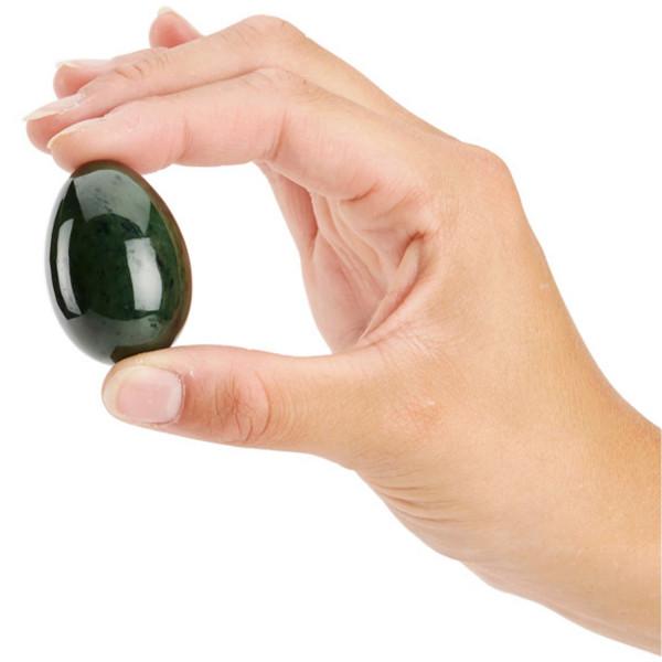 Œuf de jade pour le massage Yoni et les exercices de Kegel